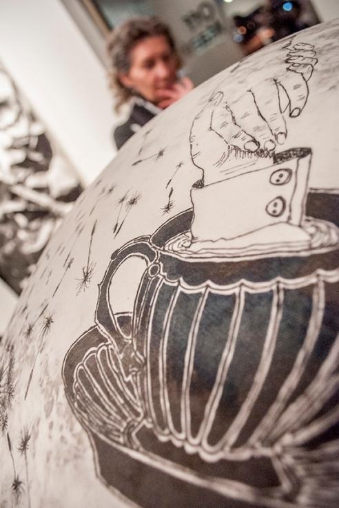 Détail d'une œuvre de Paryse Martin, représentée par la Galerie Michel Guimont.  Crédit photo:  Isabelle Houde Photographe