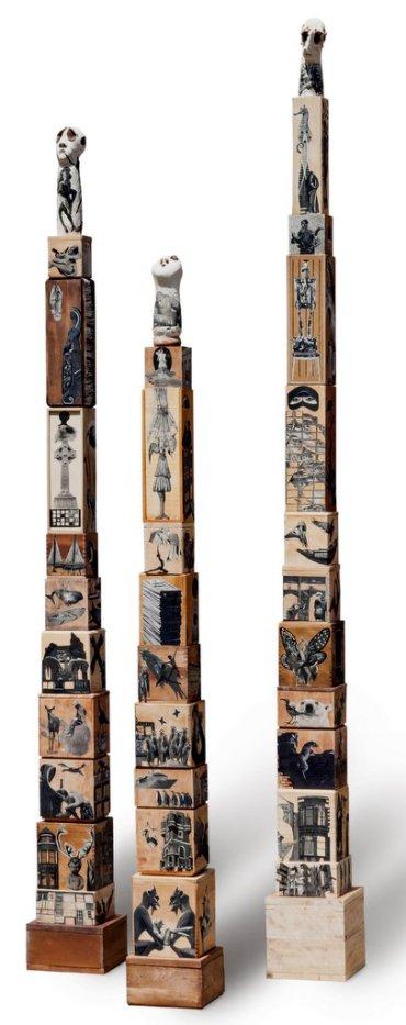 TROIS FOIS PASSERA  vieillard, 271H x 23 x 23 cm